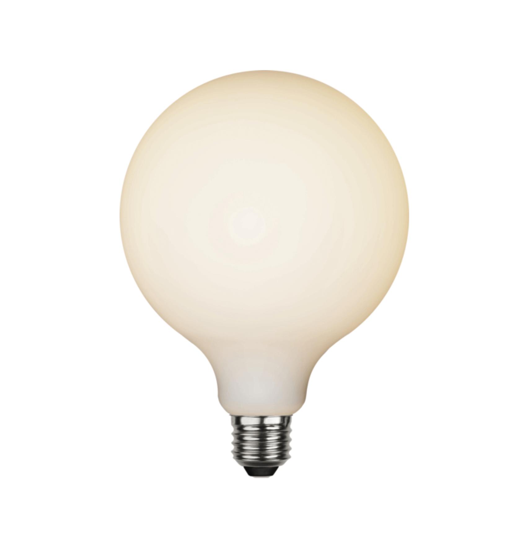 Ampoule LED rétro Globe en verre opalin