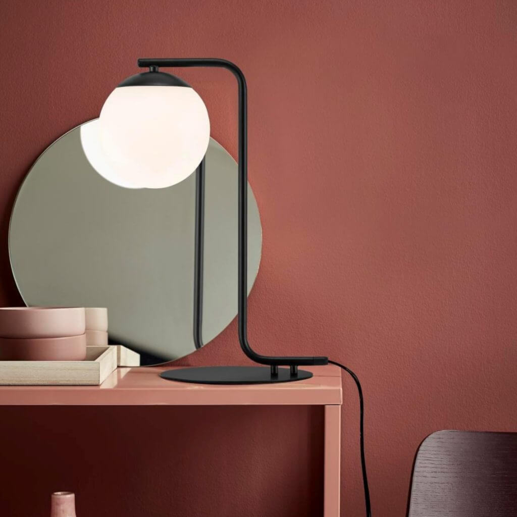 Lampe de table globe opal noir