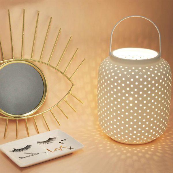 Lampe lanterne en porcelaine biscuit