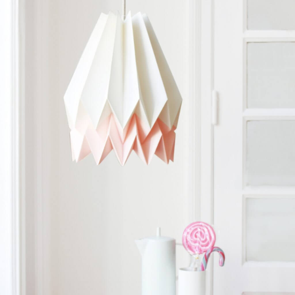 Suspension origami blanc et rose pastel