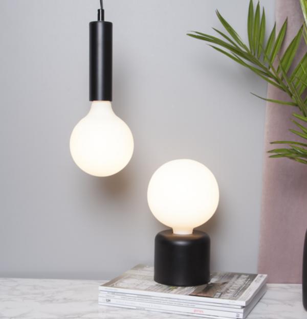 Retro LED-Glühbirne Opalglas