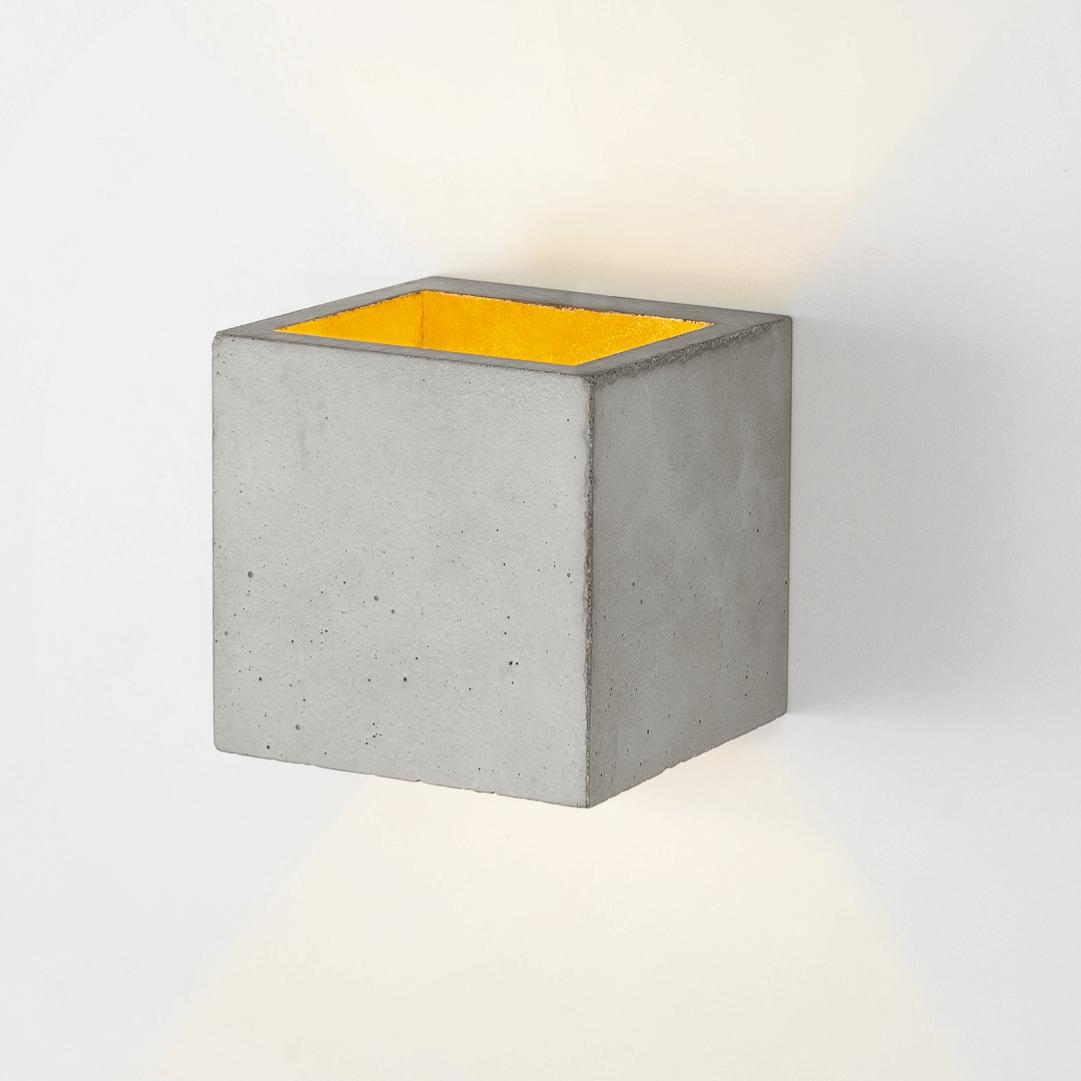 Applique murale [B3] cubique béton gris et or GANTLights