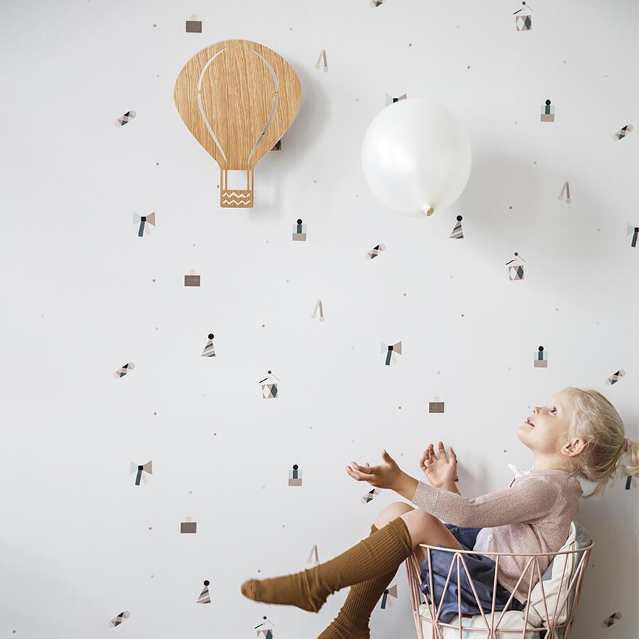 Applique murale avec prise Van Life bois clair - Ferm Living